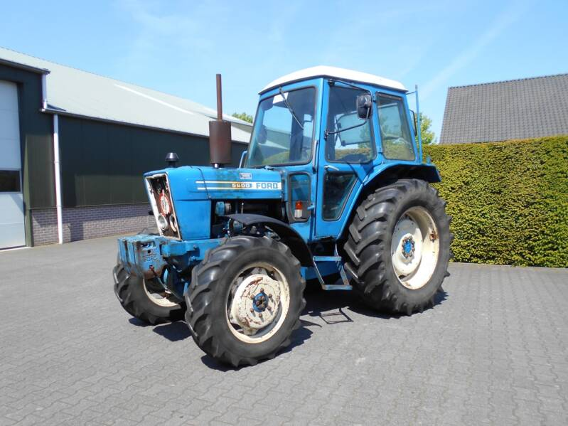 Ford 5600 4-wd