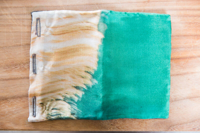 Silk Square Pocket -Emerald- Green/White/Orange