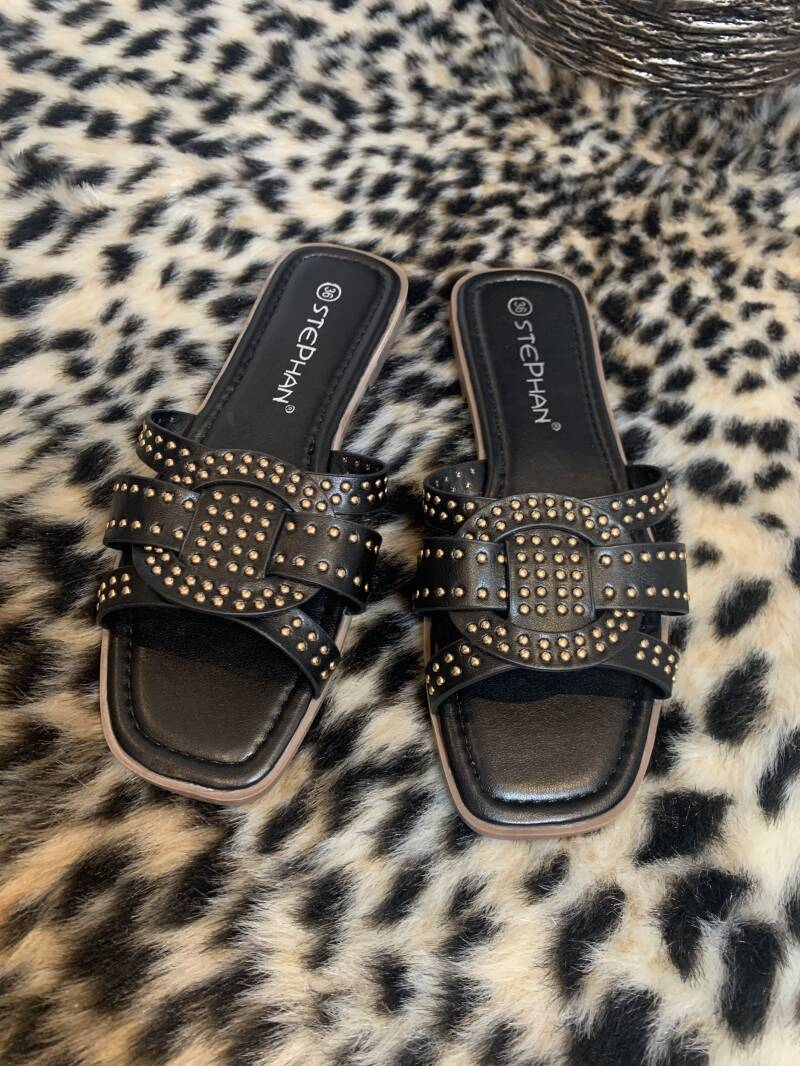 Slippers black and gold