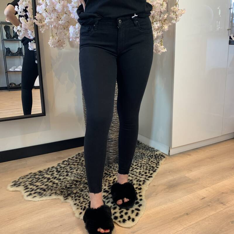 Queen Hearts jeans black 9020-A