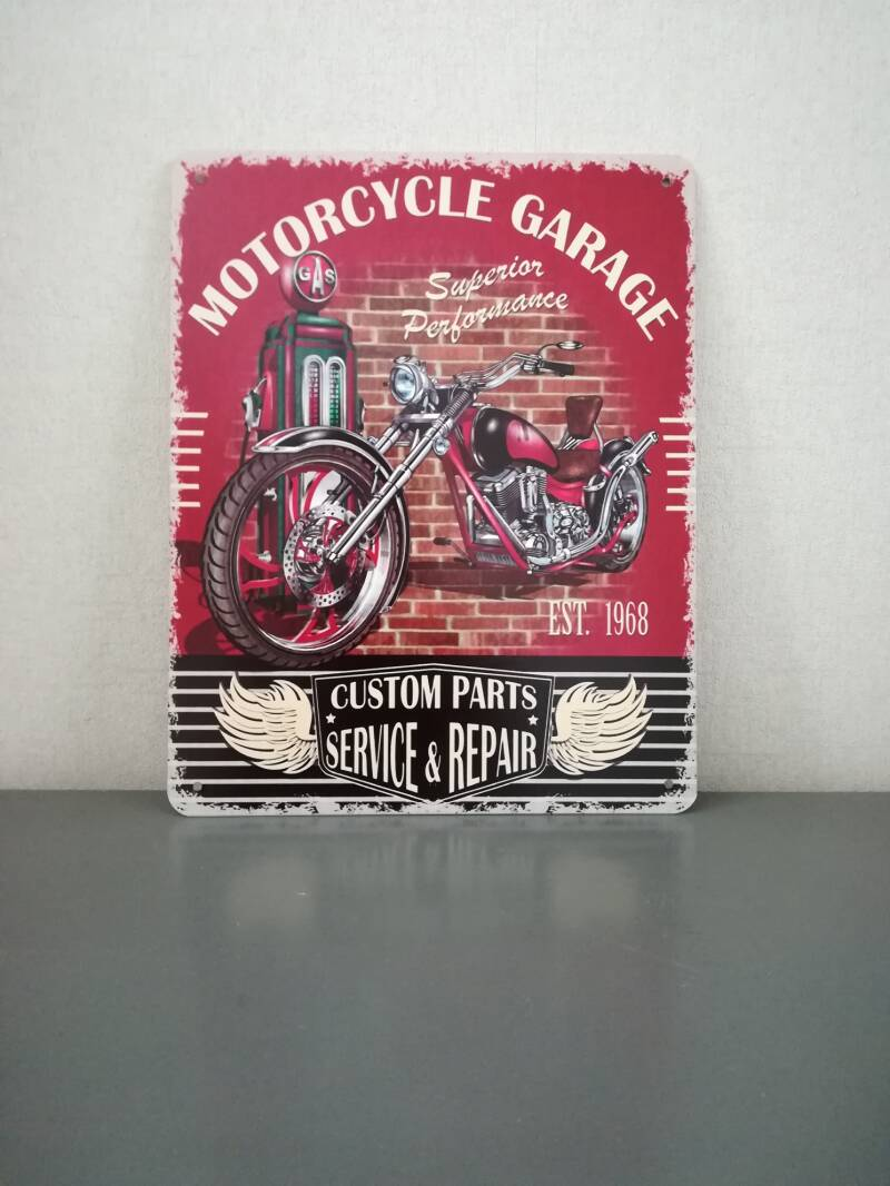Bordje motor cycle garage