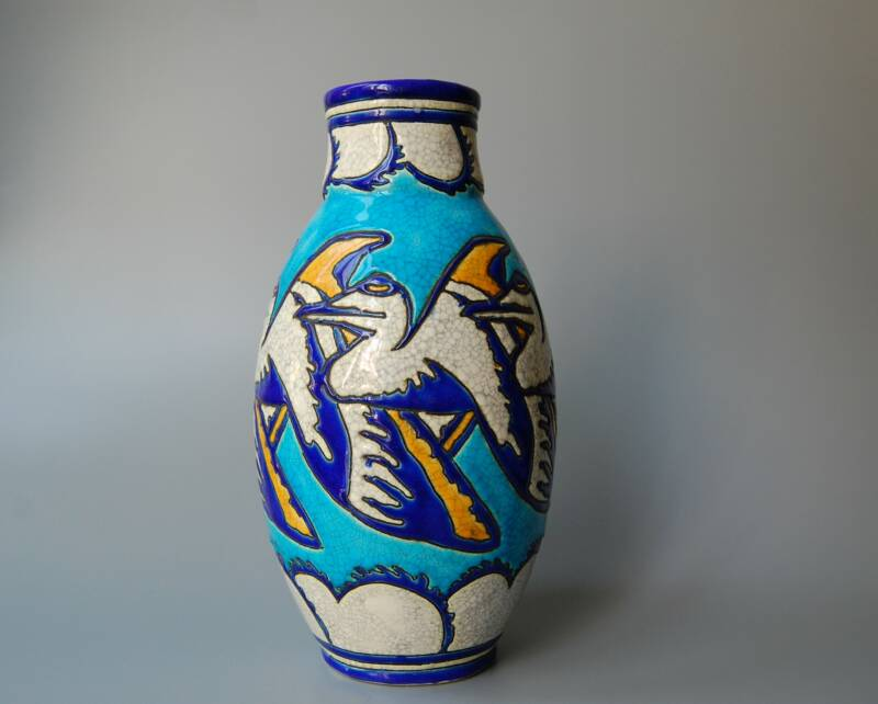 Charles Catteau - D982 - Art Deco vase with stylized pelicans