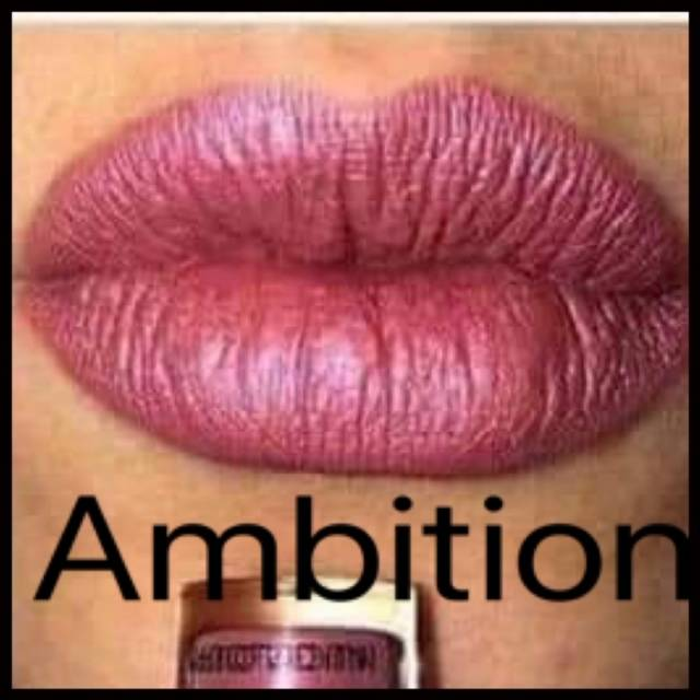 Powerlips Fluid: Metallic Ambition