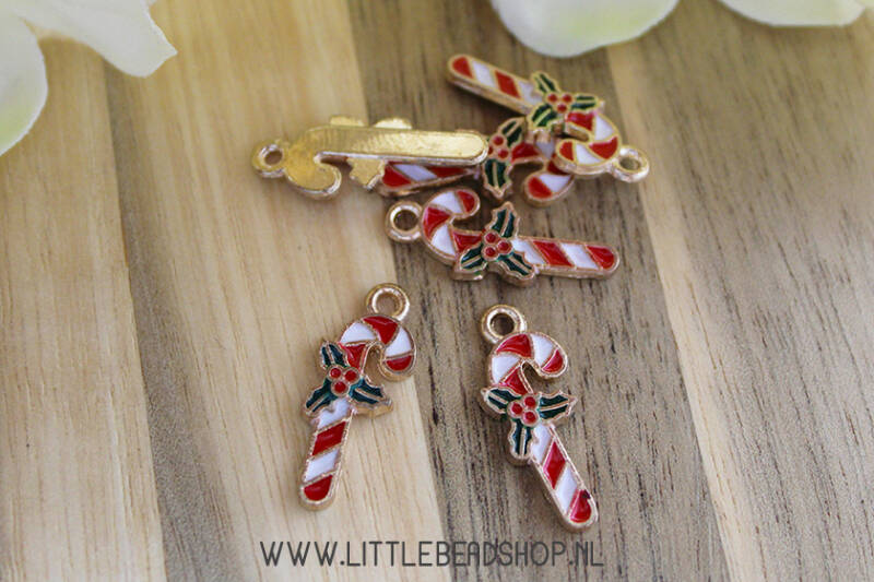EB072 - Bedels emaille candy cane/zuurstok met hulst, per stuk
