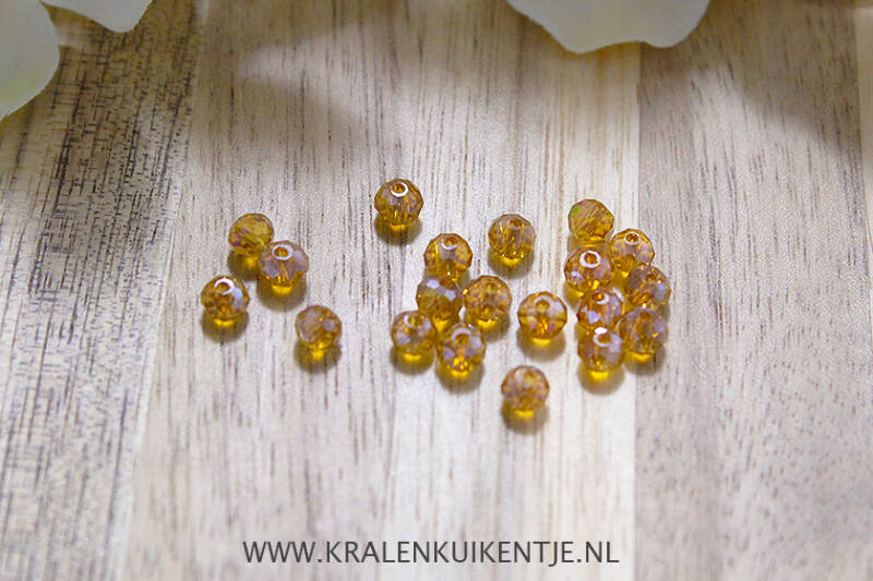FK004 - Facetkralen basis cognac bruin 4mm