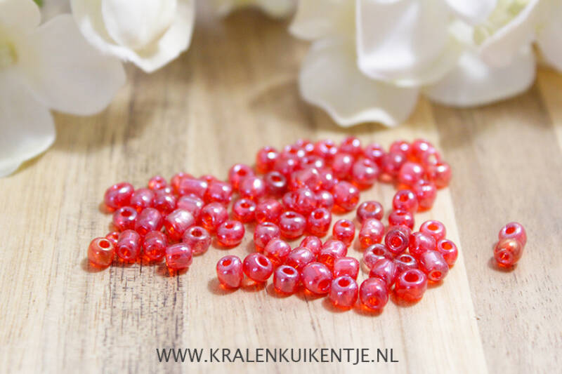 GK078 - Glaskralen rood transparant 4mm
