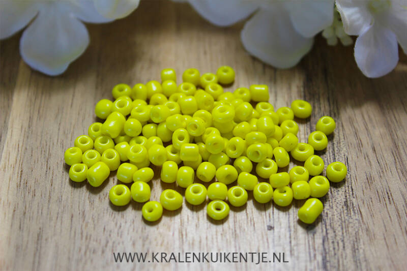 Rocailles Sunny Yellow 4mm, 27 gram - RC031
