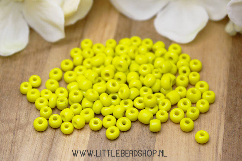 Rocailles Basic Yellow 4mm, 27 gram - RC045