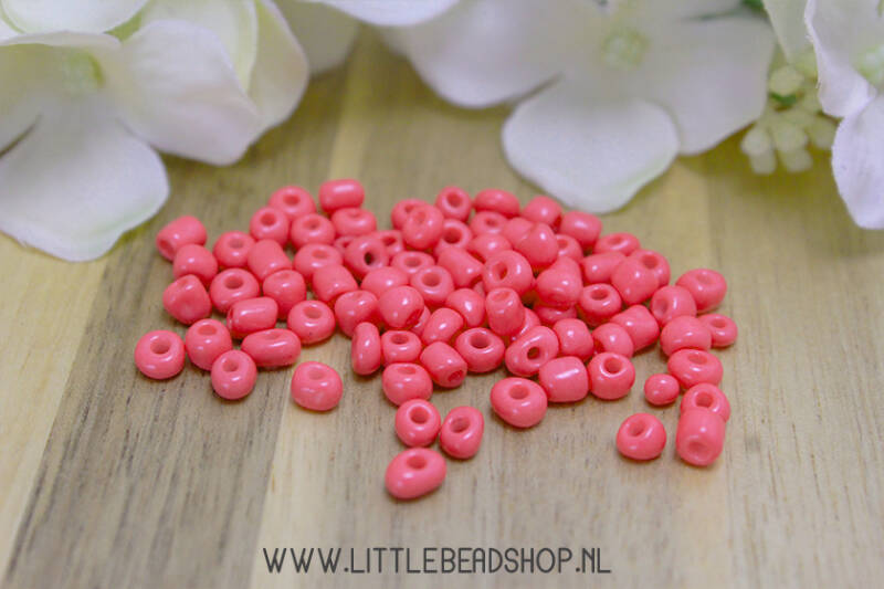 Rocailles Coral Pink 4mm, 27 gram - RC003