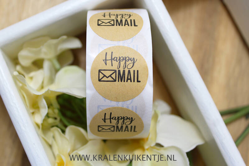 ST002 - Stickers 'Happy Mail' bruin 25mm, 10 stuks