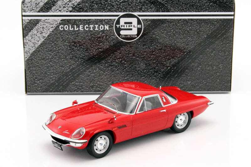 Mazda Cosmo Sport Rood Triple 9 Collections 1/18