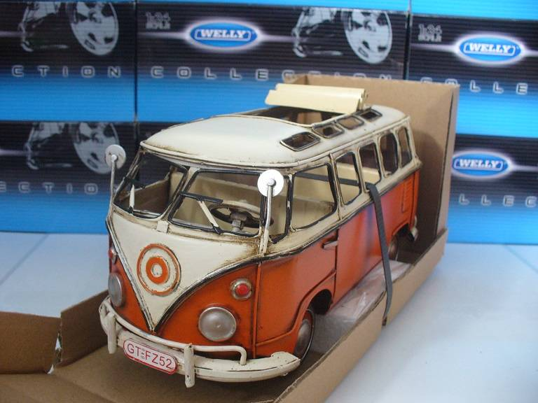 VW Volkswagen T1 Microbus Oranje Tinplate Collectables 1/18
