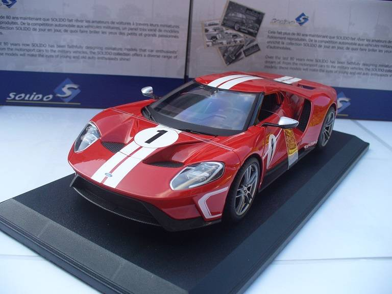 Ford GT Rood Wit Nr. 1 Maisto 1/18
