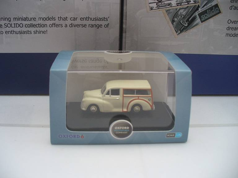 Morris Traveller Oxford 1/76