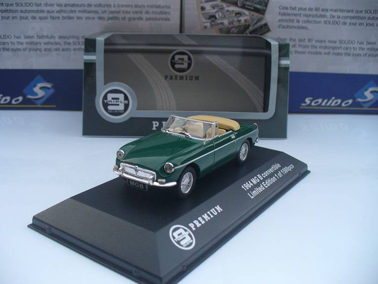MG MGB Cabrio Groen Triple 9 Collections 1/43