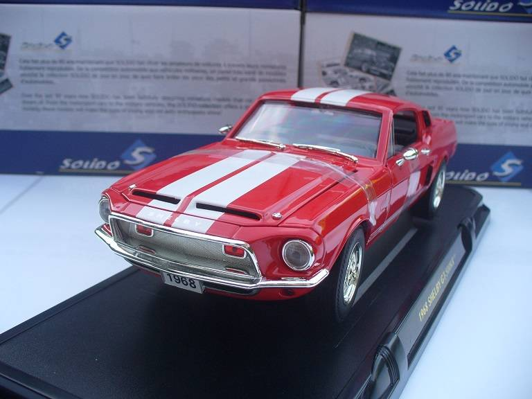 Shelby Ford Mustang GT500 KR Rood Yatming 1/18