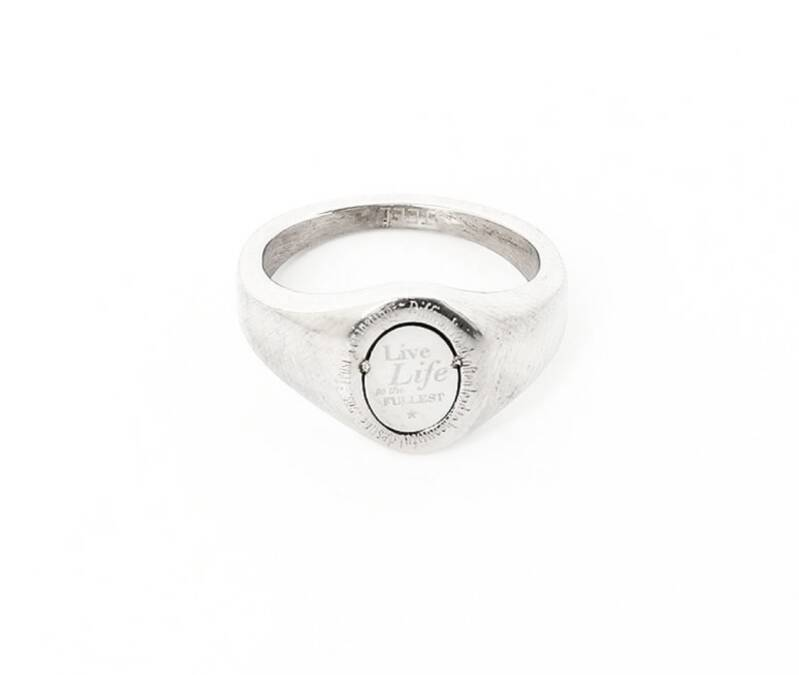 Ring live life love