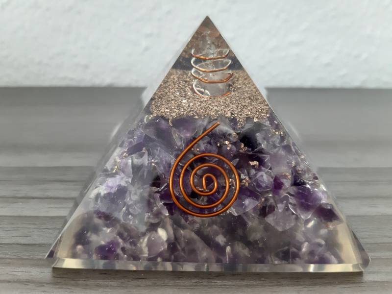 Orgonite Piramide Amethist