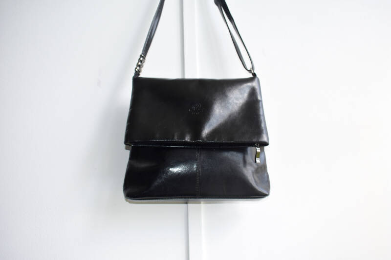 Pre-Loved Branded Leather Handbag