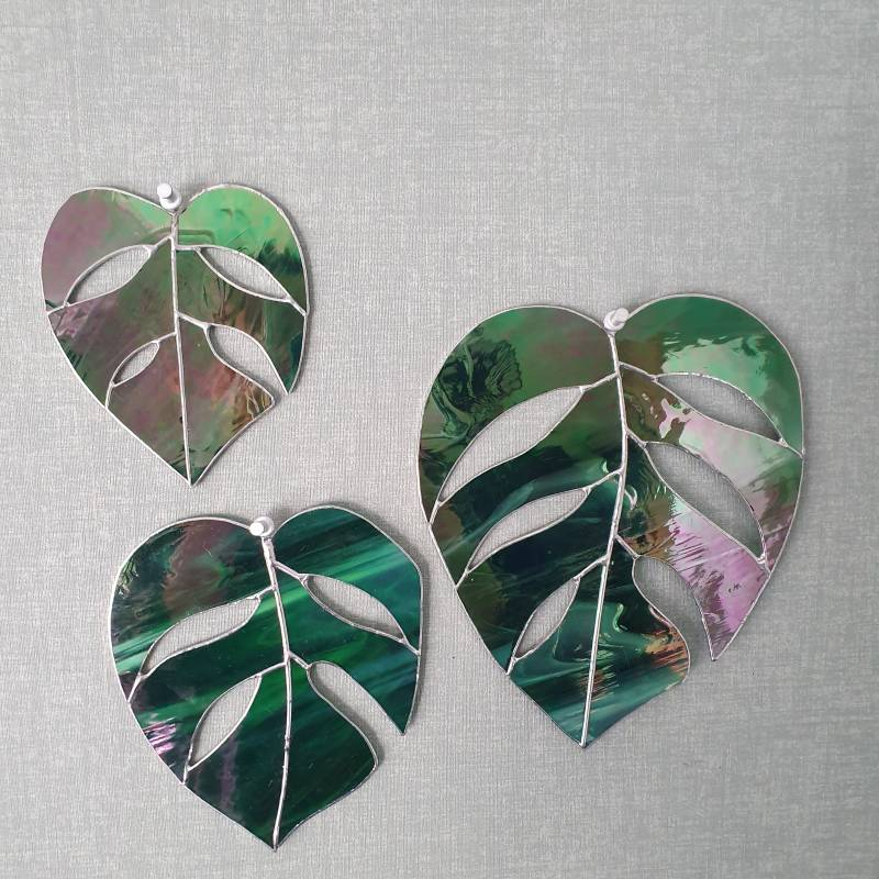 Monstera - iridescent green - limited