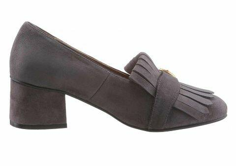 SUEDE LEATHER PUMPS, GRAY BY LOLA CRUZ