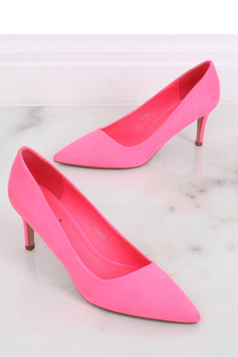 MODEL INELLO PINK SHOES