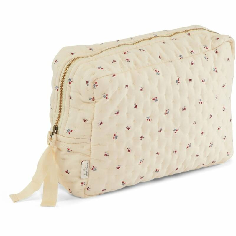 Konges slojd big Quilted toiletry bag bloom red/blue