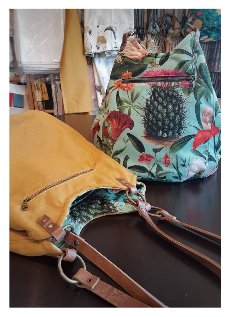 'Summer Flowers'   Reversible Velour Plunje Tas
