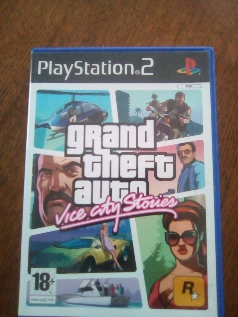PS2 - Grand theft auto - vice city stories