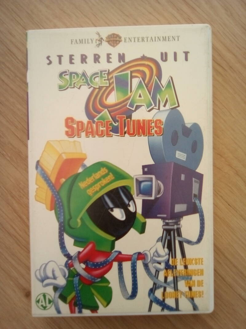 VHS videoband sterren uit space jam space tunes