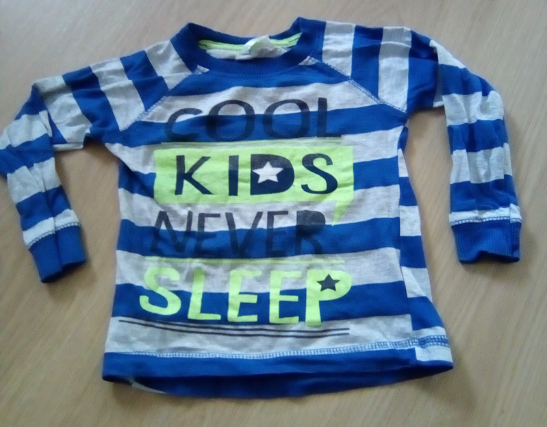 "Shirt lange mouw ""Cool Kids Never Sleep"", maat 86/92"