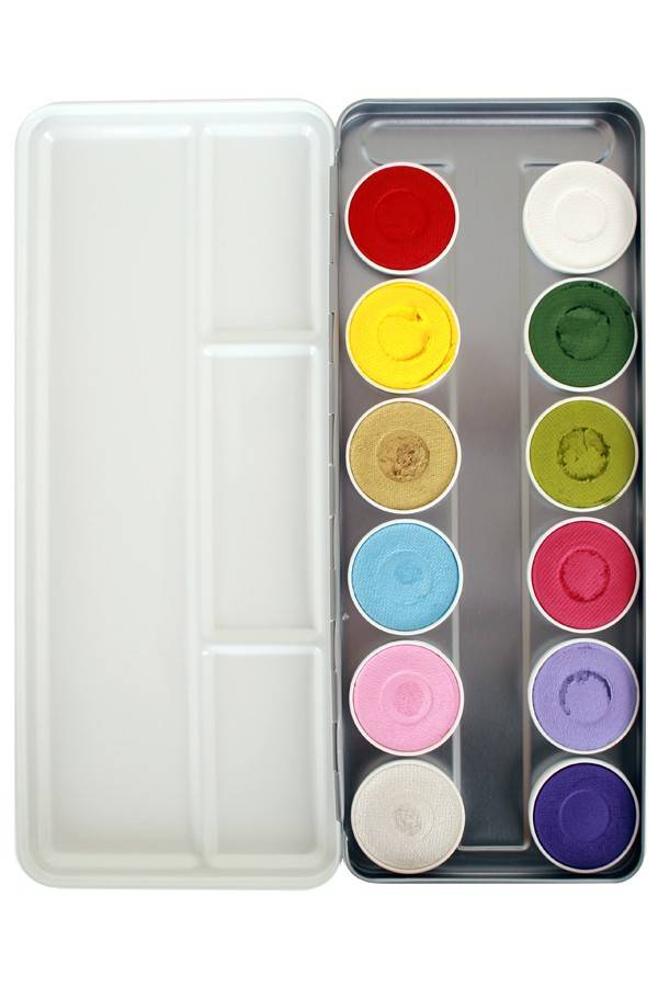 12 COLOURS: SILVERWHITE (SHIMMER) 140, BABY PINK (SHIMMER) 062, BABY BLUE (SHIMMER) 063, ANTIQUE GOLD (SHIMMER) 057, BRIGHT YELLOW 044, CARMINE RED 128, PURPLE RAIN 238, FUCHSIA 101, LIGHT GREEN 110, PASTEL LILAC 037, GREEN 041, LINE WHITE 161.