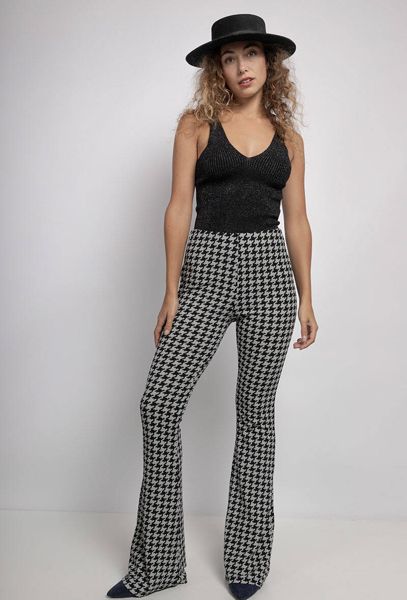 pants with wide pipes
