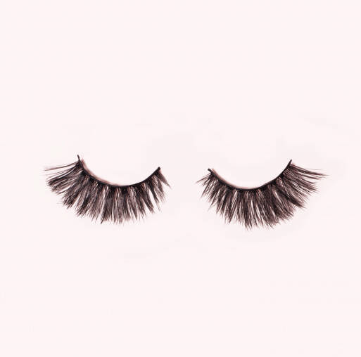 MILA LASHES/WIMPERS