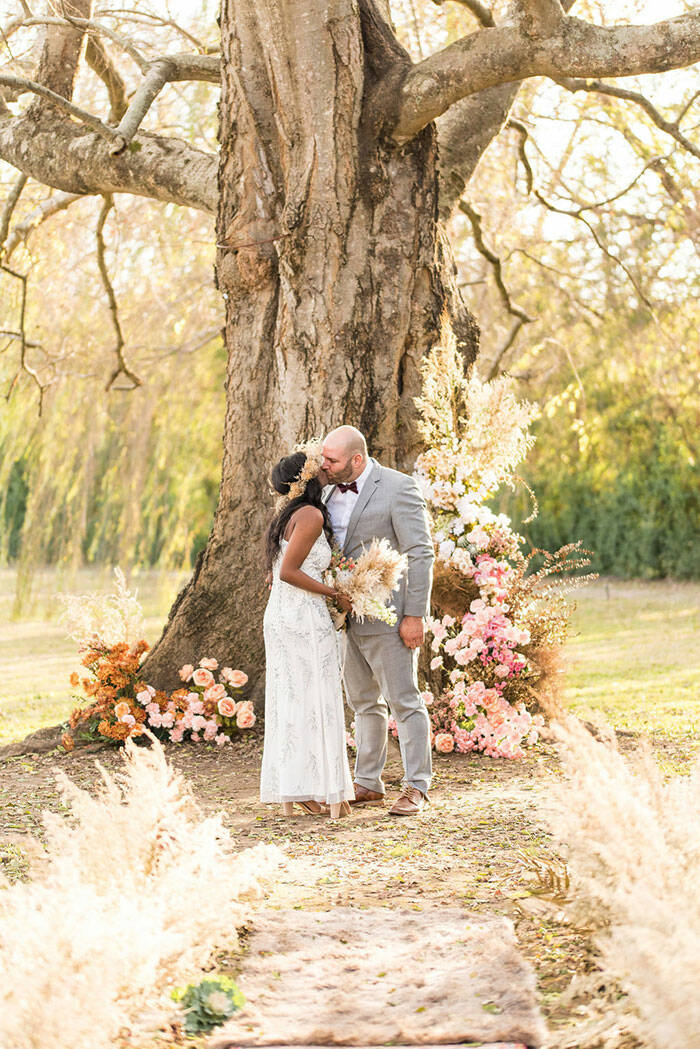 STYLE OUR ELOPE ROMANCE