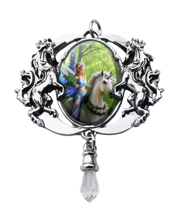 Anne Stokes cameo necklace -Real of enchantment-