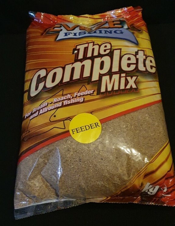 the complete mix feeder