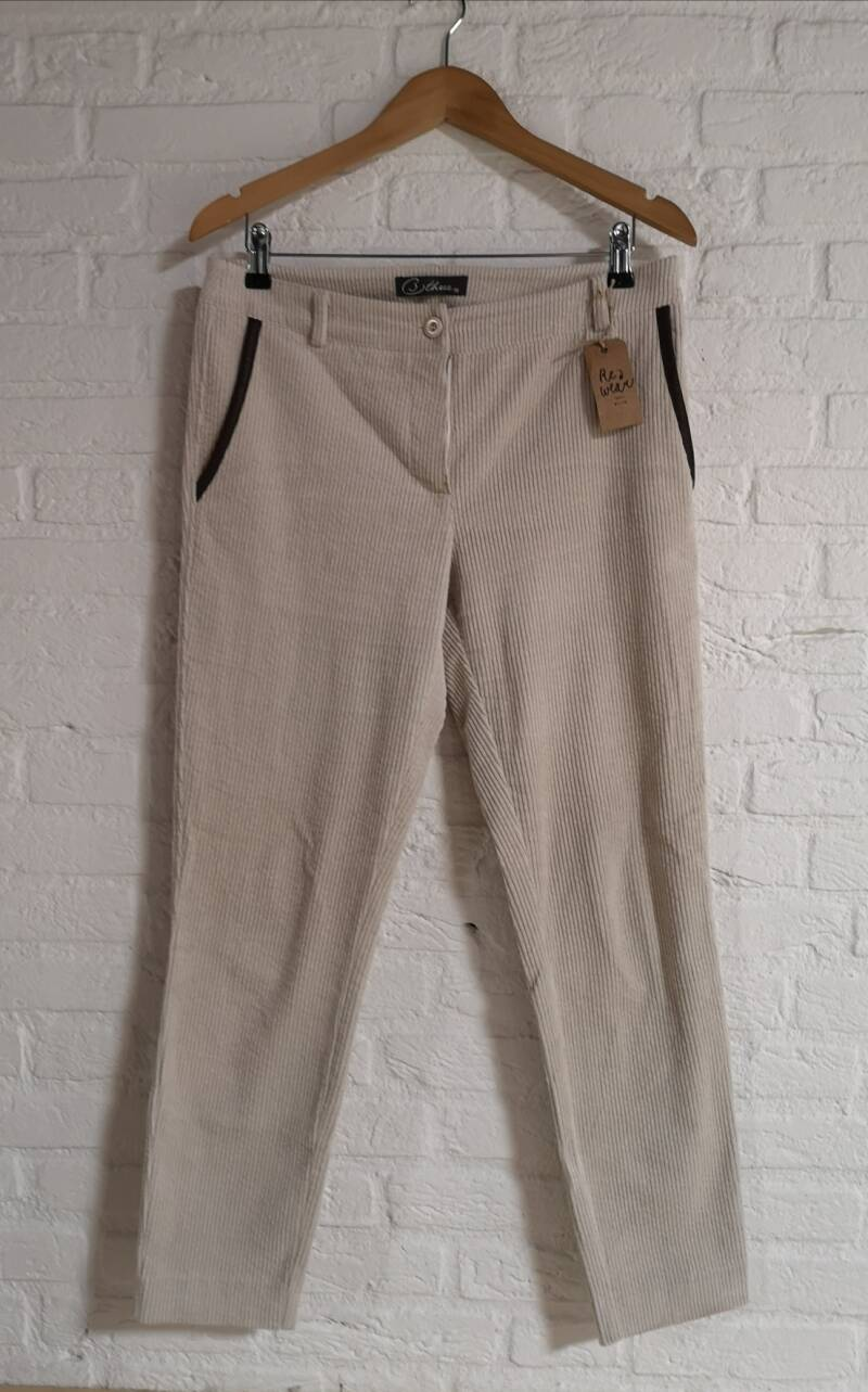 B three corduroy broek