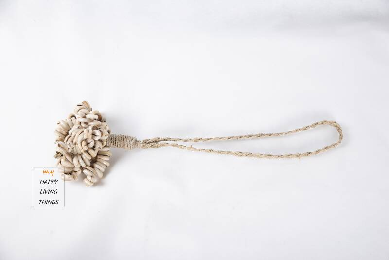 Shell hanging decor, natural color