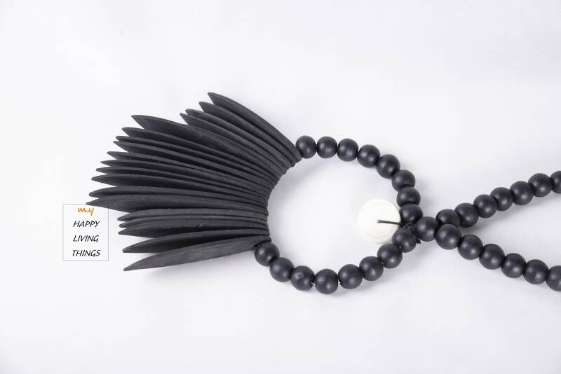Surfing beads Black.  FREE DELIVERY ! GRATIS LEVERING !