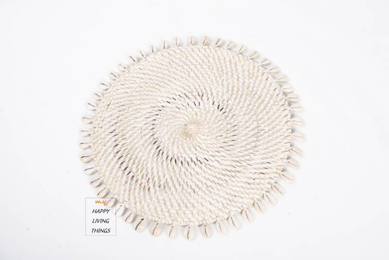 Woven Rattan/shell Placemat White