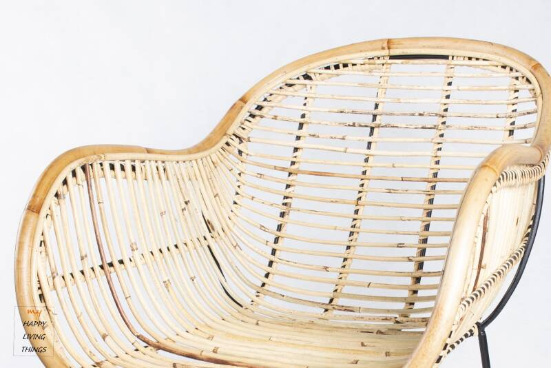 Rattan chair for single use with natural look.