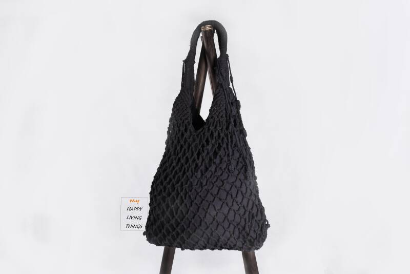 Trendy macrame bag black