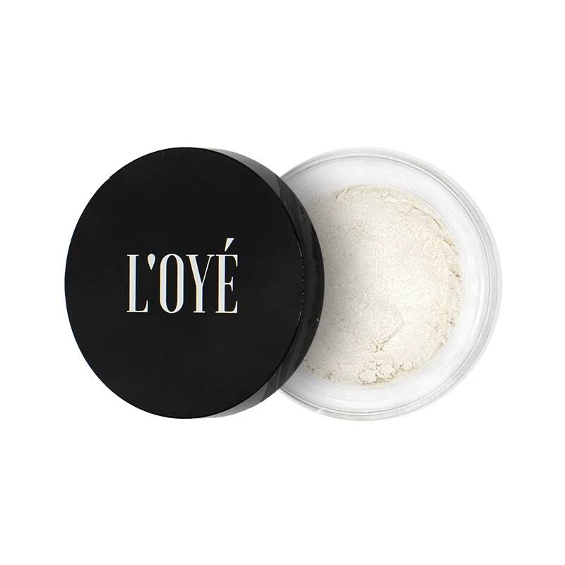 Mineral eyeshadow white beach