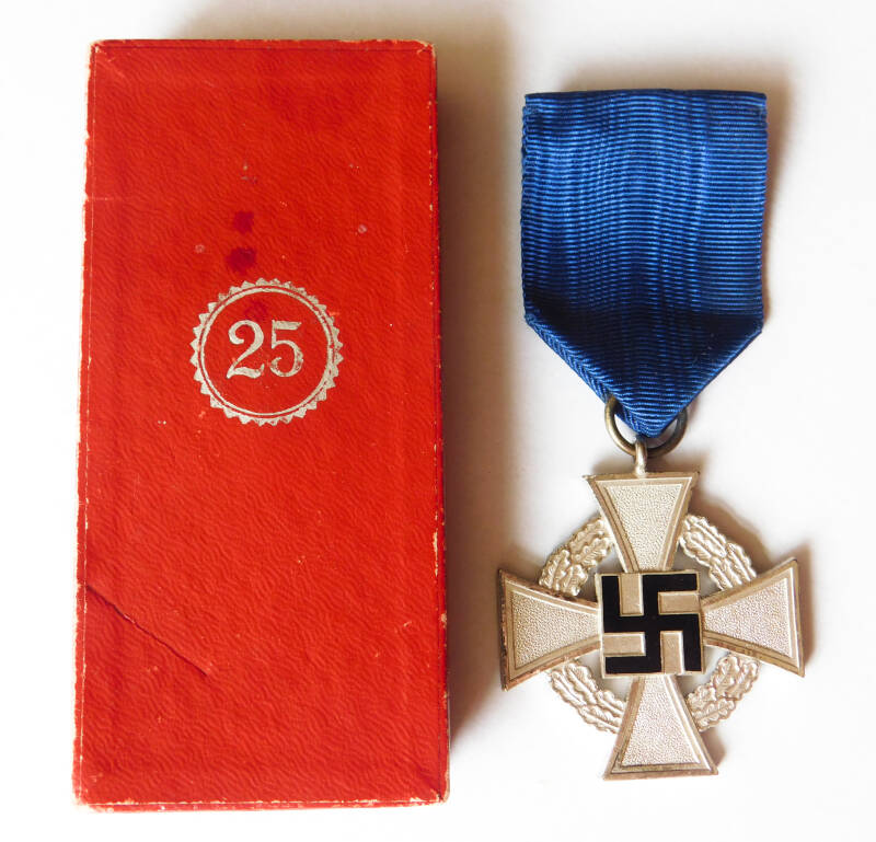 25 Year Faithful Service Cross with case