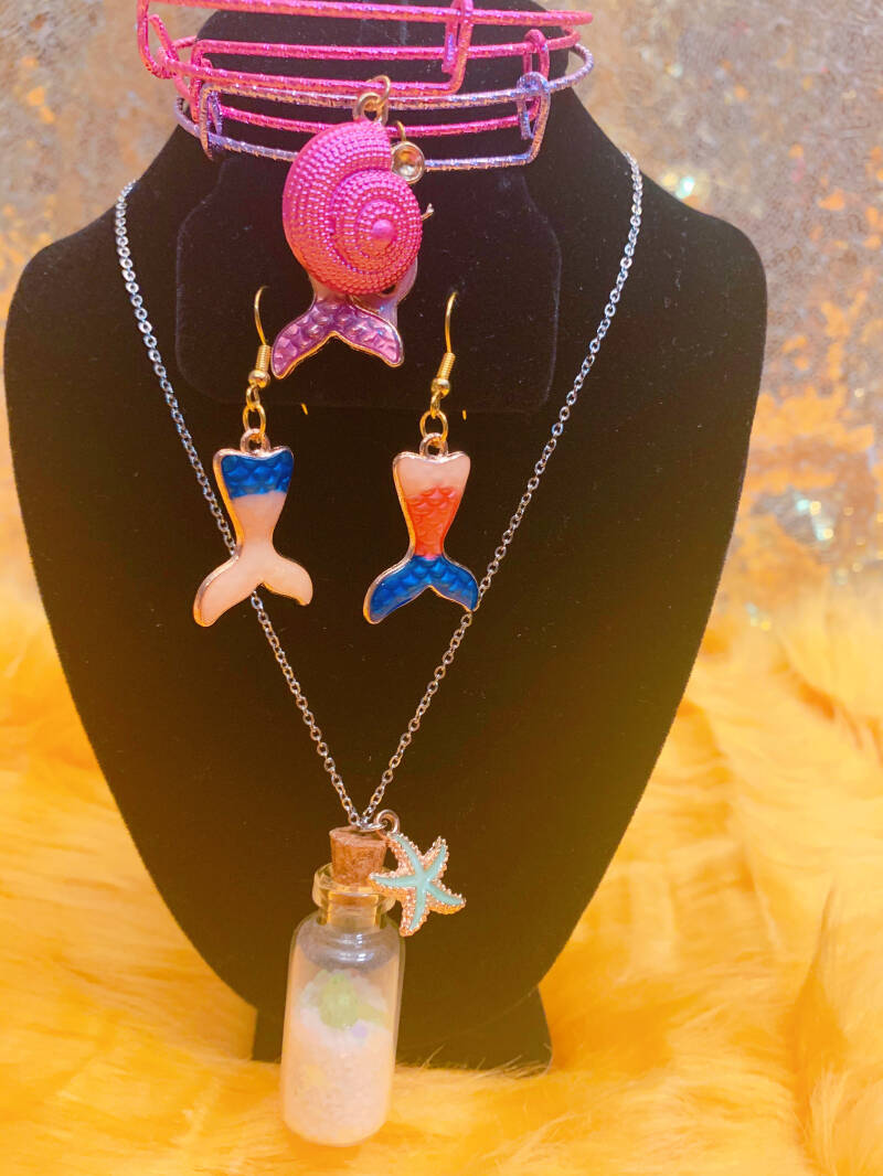 A Day At The Beach Sand Jewelry Set