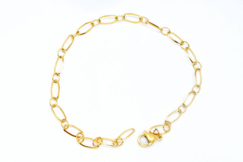 STAINLESS GOLD BRACELET | CUTE