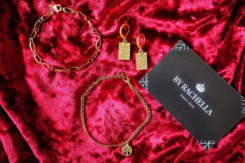 STAINLESS GOLD HOLIDAY SET
