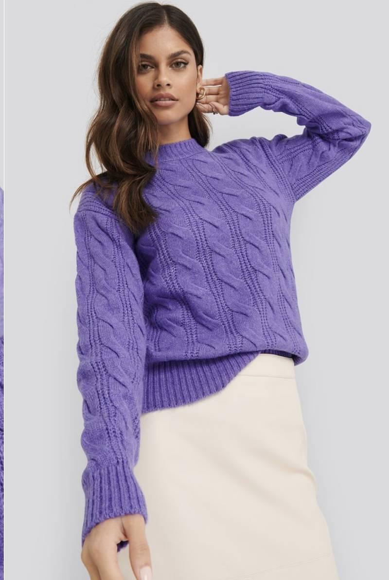 Regulair cable knited sweater