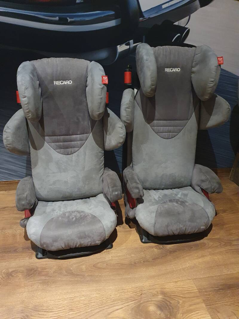Recaro Child Carseats fitting in Porsche 911, 964 and 993.